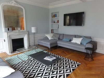 Charming Apartment in the heart of Batignolles village