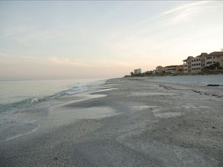 Indian Rocks Beach condo photo - Early morning view of the beach