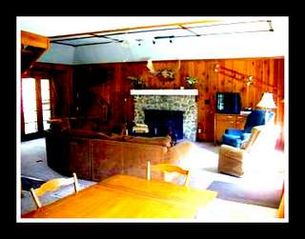 Twain Harte cabin photo - Great Room with Game room down stairs, 3 floors, 3000 sq ft