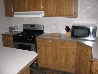Sturgeon Lake lodge photo - Huge Kitchen, Fully equipped. Order your groceries online to be delivered!