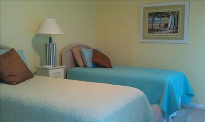 Downstairs twin bedroom, Vacation home in N Myrtle Beach
