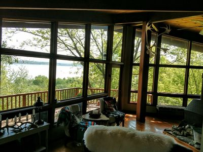 Tuttle Creek Lake Cabin 5 minutes from Manhattan