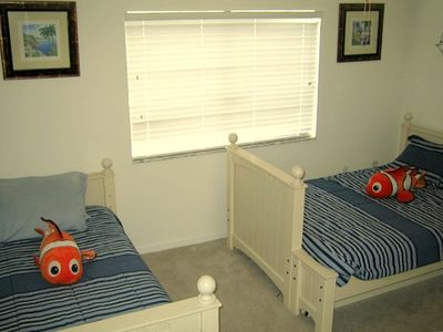 Large Nemo-themed Bedroom with 1 Full Bed and 1 Twin Bed
