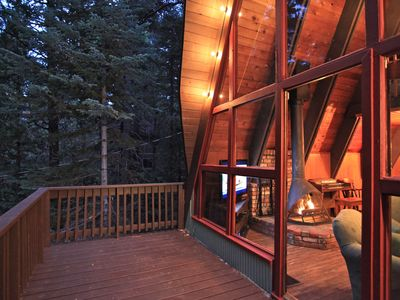 Lake Arrowhead Tree House - large deck amongst the tree tops.