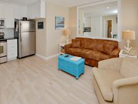 Sea Rocket 28 -Totally Remodeled Second Floor, One Bedroom with Gulf View!