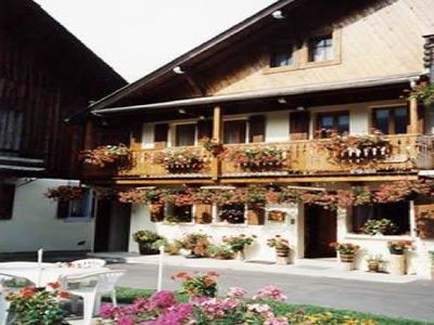 Semi-attached chalet, in the centre of Morzine