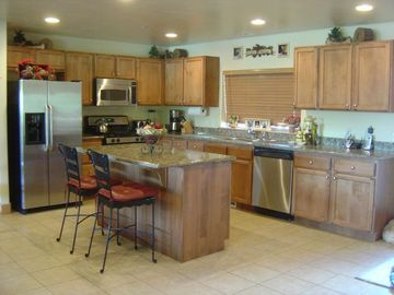 Bear Hollow Village townhome rental - Large, Open Kitchen Area
