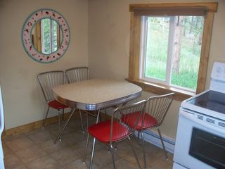 Estes Park cabin photo - Kitchen table in small cabin