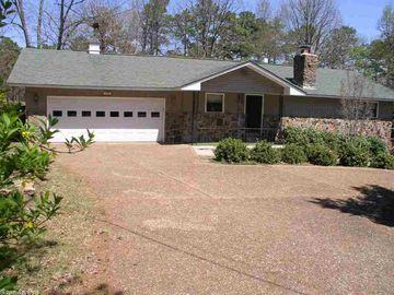 Greers Ferry Lake house rental - 2 Bed 2 Bath fully furnished house w 2 car garage on golf course