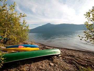 Enjoy the lake! Ask us about renting the canoe or kayaks during your stay.