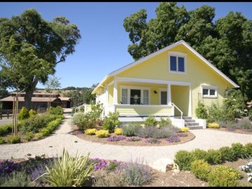 Paso Robles farmhouse rental - Country views from 360º