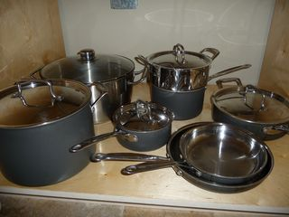 Flagler Beach condo photo - Gourmet Cusinart Pots & Pans, Sharp Knives & Complete Dinnerware for 16.