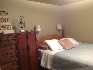 Oscoda house photo - Back bedroom. Queen bed. Small but cozy!