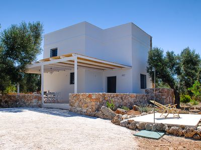 MEDITERRANEAN VILLA WITH TRULLO 800 M. FROM THE SEA BETWEEN GALLIPOLI AND LEUCA