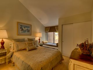 Carnelian Bay townhome photo - Master Bedroom - Queen Bed