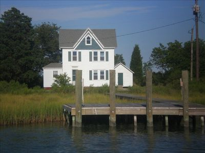 Green Gables Cottage and dock