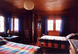Stoney Lake cottage photo - Boat-house guest room with 2 twin beds
