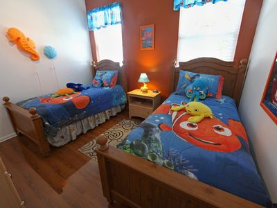 Bunk bed...finding Nemo!!