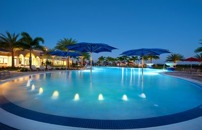 Oasis Club Pool!  86 degrees year round! Del Web Members & Guest only. Amazing!