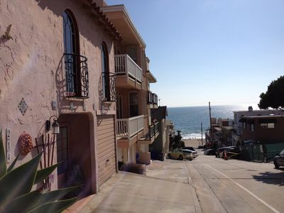Charming Apartment in Spanish Duplex, 1 Block to Beach!