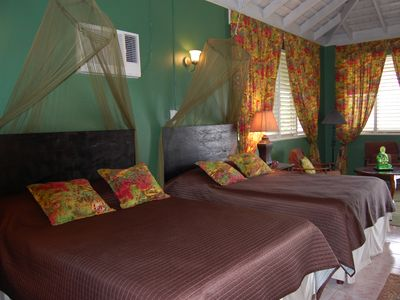 Runaway Bay villa rental - one of the bedrooms