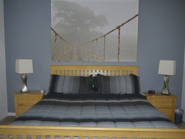 Master Kingsize Bedroom