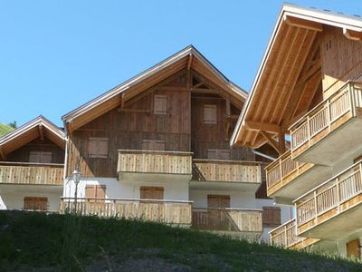 An apartment in a residential complex with a swimming pool and sauna in the Les Albiez family resort.