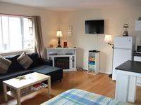 Spacious Studio at the Beach- Sleeps 4- Ask about Special Rates!
