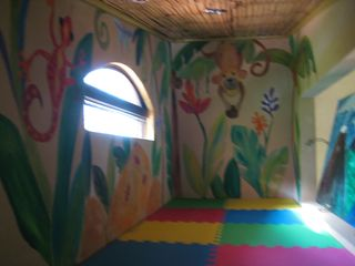 Nuevo Arenal house photo - A young child's sleeping nook.