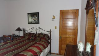 Oak Park apartment photo - nice bedroom with plenty of space