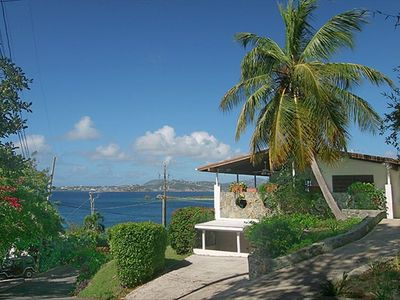 Gallows Point Seaview - an elegant ocean front 2BR walking distance to Cruz Bay!