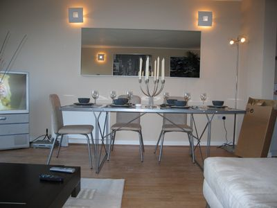 Luxury one, two bedroom apartments on the Thames