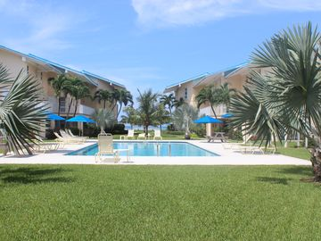 Grand Cayman condo rental - Resort pool