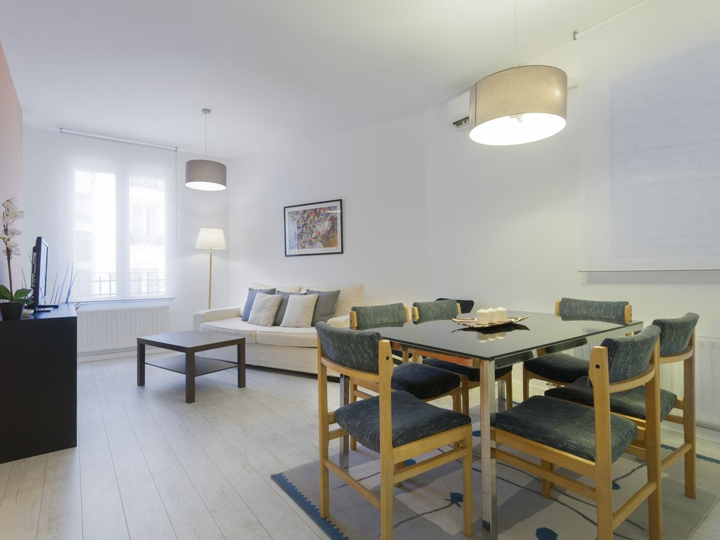 Renovated apartment with two bedrooms in the neighborhood of Bilbao-Quevedo