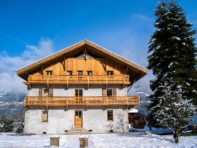 Holiday house, 650 square meters , Morillon