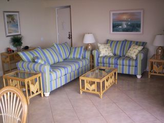 Madeira Beach condo photo - Living Area