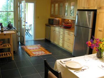 kitchen with access to outdoor garden