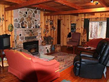 Dorrington cabin rental - living room/ with fireplace