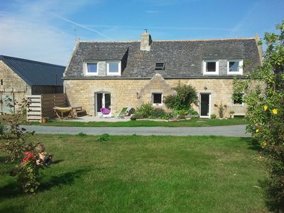Brittany stone house, large areas, quiet and close to the sea