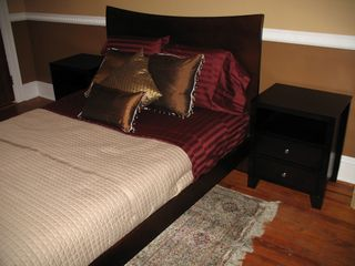 Queens townhome photo - Bedroom #1 w poster-bed