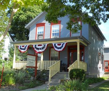 Frankfort lodge rental - Serendipity House offers 5 suites each with its own kitchen and bath.
