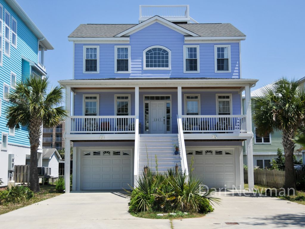 carolina beach big and beautiful singles Its gorgeous beaches are known for sand dunes and historic lighthouses, and some are even home to herds of wild horses so, on your next beach getaway, consider these beautiful and.