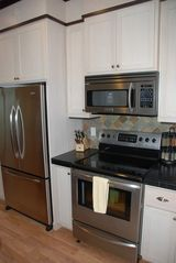Lincoln City house photo - All Stainless Steel Appliances
