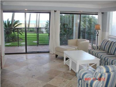 Living Area, 50 inch HDTV, Direct Beach and Pool Access, Travertine Floors