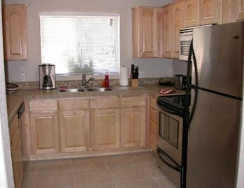 Bright, Spacious Kitchen, Fully Stocked.