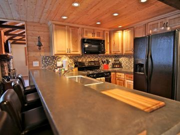 Twin Peaks lodge rental - Remodeled kitchen with polished concrete counter tops