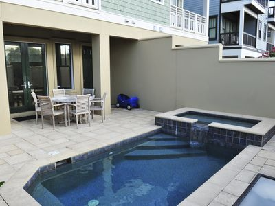 Private Pool and Hot Tub,  Gas Grill, Outdoor Shower