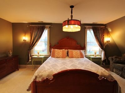 Grand master suite with King size bed, turett sitting room and spa,