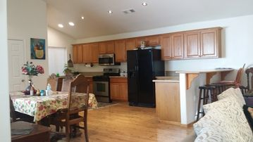 Twin Peaks house rental - Fully Equipped roomy kitchen.