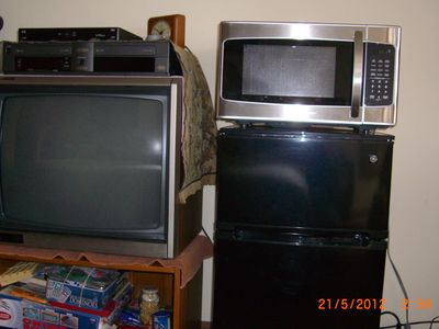 TV / Microwave / VCR / Mini fridge